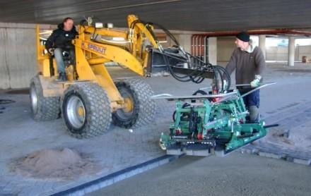 verhuur wiellader shovel giant bestratingsmachine hunklinger