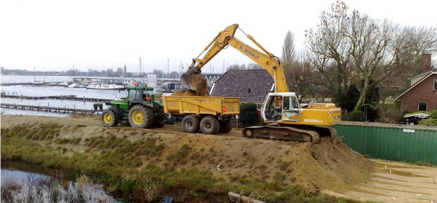 giant shovel lader zand